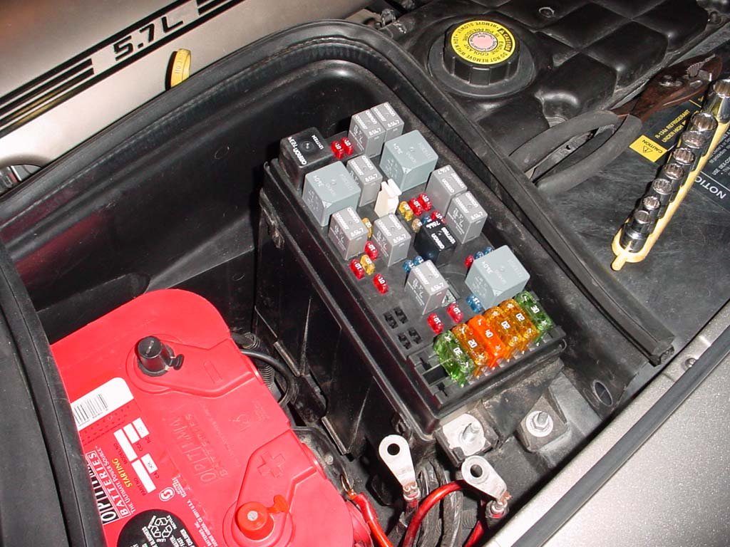 w010_fusebox ls1howto com 1987 corvette fuse box location at gsmx.co